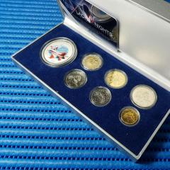 2008 Singapore Airshow 20gm 999 Fine Silver Medallion with 2008 Singapore Uncirculated Coin Set (5, 10, 20, 50 Cents, $1 and $5 Coin )